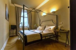 Prodej velkého rodinného domu Praha 3 - Jarov