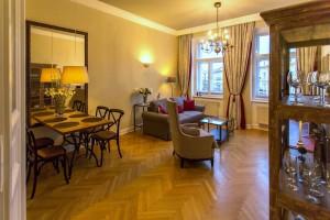 Prodej domu v Praze, Dejvicích