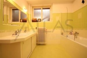 Pronájem nezařízeného bytu 3+1, 102 m2 Praha 2 – Vinohrady, Slezská
