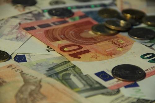 Slovinsko říká, že může zachránit banky samo