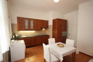 Pronájem bytu 1+1, 36 m² Praha - Holešovice, U Průhonu