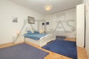 ložnice - Pronájem zařízeného bytu 3+kk, 97m2, Praha 3 - Vinohrady, ulice Slezská