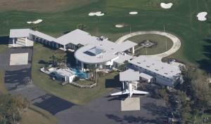 John Travolta domácí letiště Ocala na Floridě