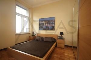 Pronájem plně zařízeného bytu, 2+kk, 50 m2, Řipská ulice, Praha 3 - Vinohrady
