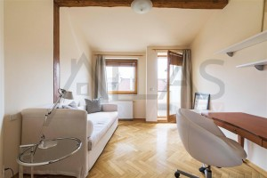 Pronájem zařízeného bytu 3+1, 144 m2 , Polská ulice, Praha 2 - Vinohrady