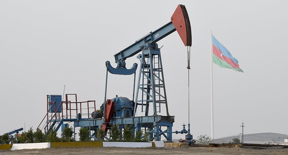 Azerbájdžán má velké zdroje ropy a zemního plynu