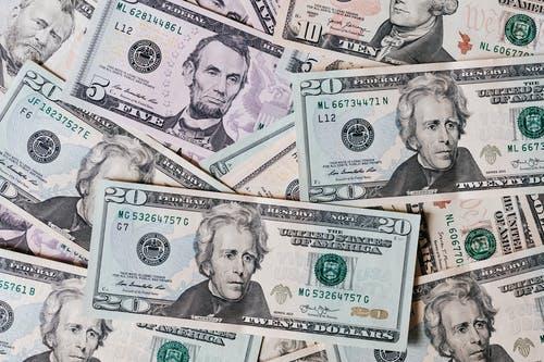 Bankovky - obdržení peněz