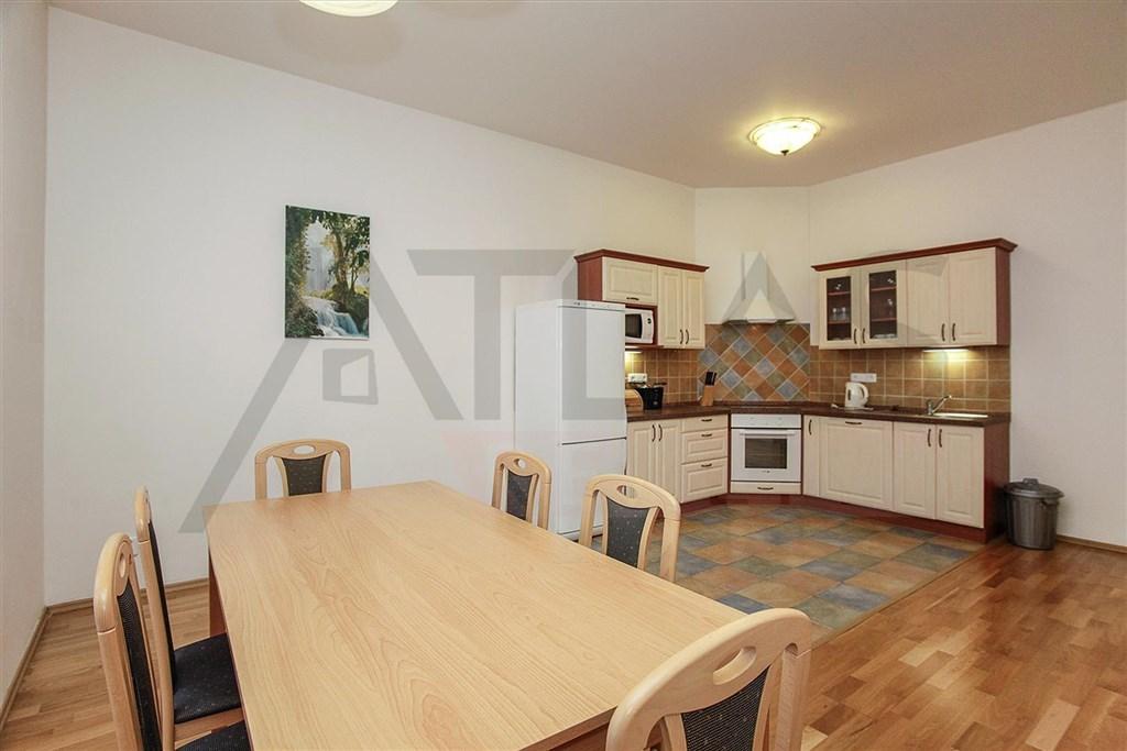Pronájem bytu 3+kk 110m2 Praha 2 Vinohrady, Chodská