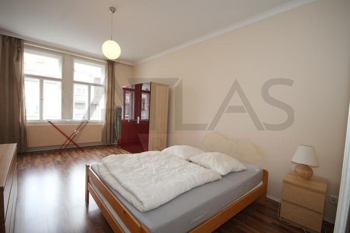 Pronájem bytu 3+1 102 m2 Praha 2 Vinohrady, Kladská
